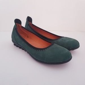 BERNIE MEV Sz 36 Green Leather Suede Ballet Flats